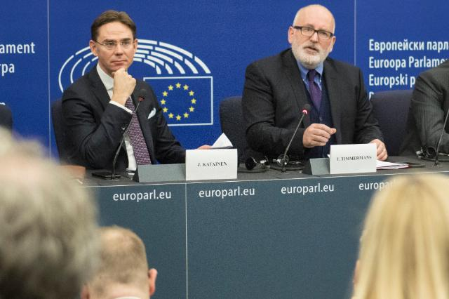 Joint press conference by Frans Timmermans, First Vice-President of the EC and Jyrki Katainen, Vice-President of the EC on the conclusions of the weekly Commission meeting