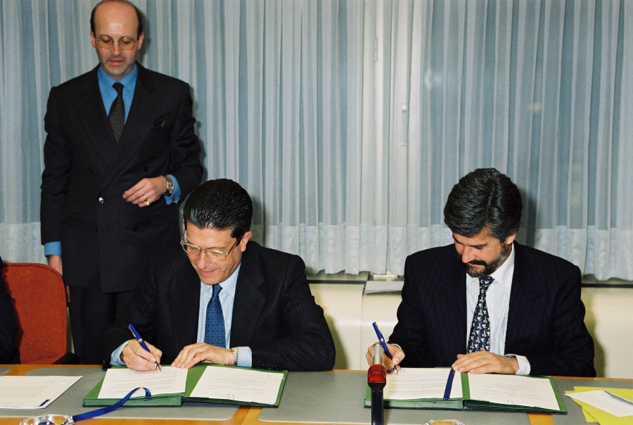 Signing of a cooperation agreement EC/Unesco
