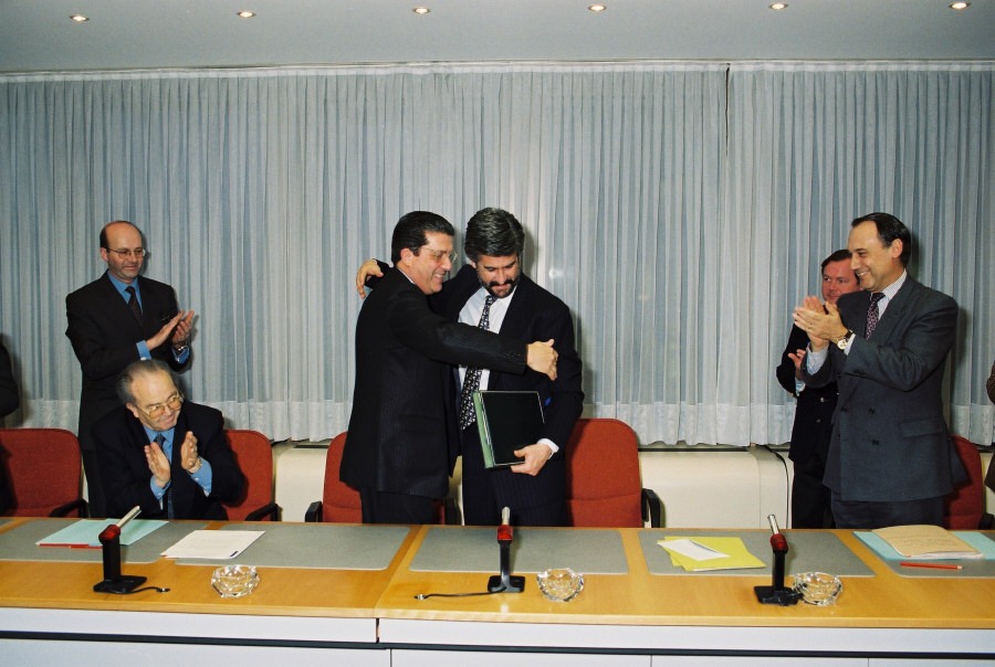 Signature d'un accord de coopération CCE/ Unesco