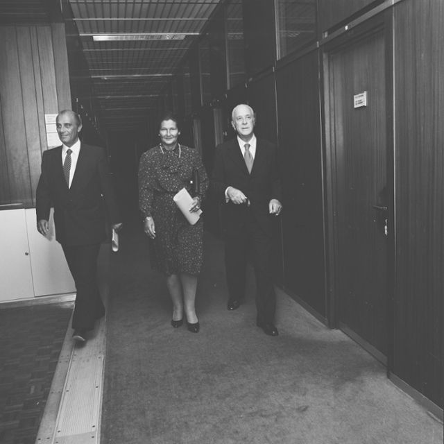 Visit by Simone Veil, President of the EP, to the CEC