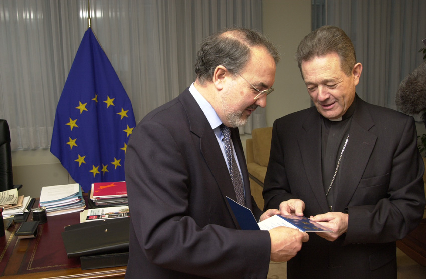 Monsignor Faustino Sainz Munõz at the EC