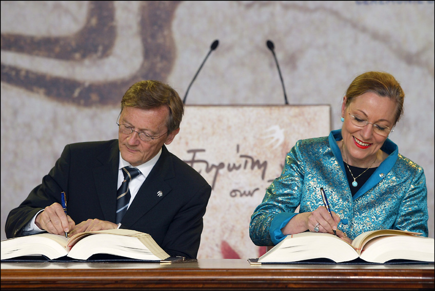 Signing ceremony of the Treaty of Accession of the New Member States of the EU
