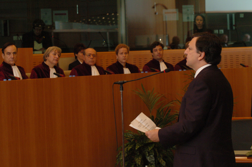 Swearing-In of the Barroso Commission at the Court of Justice of the EC