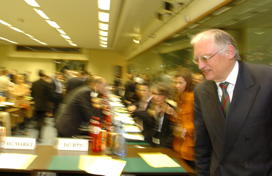 Participation of Günter Verheugen, Vice-President of the EC, to the