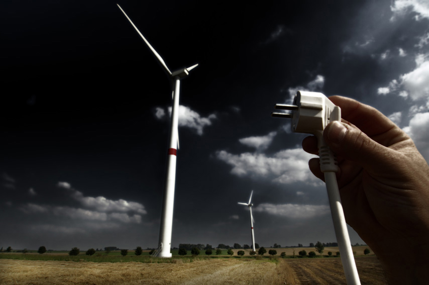 Plug and wind turbines © EU