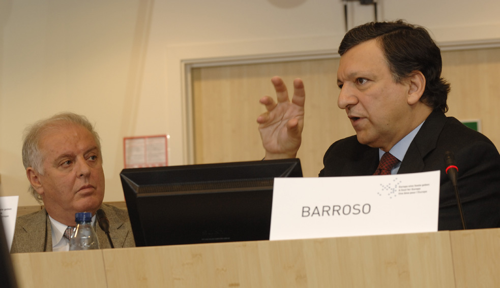Participation by José Manuel Barroso, President of the EC, to the start of a new series of public debates: