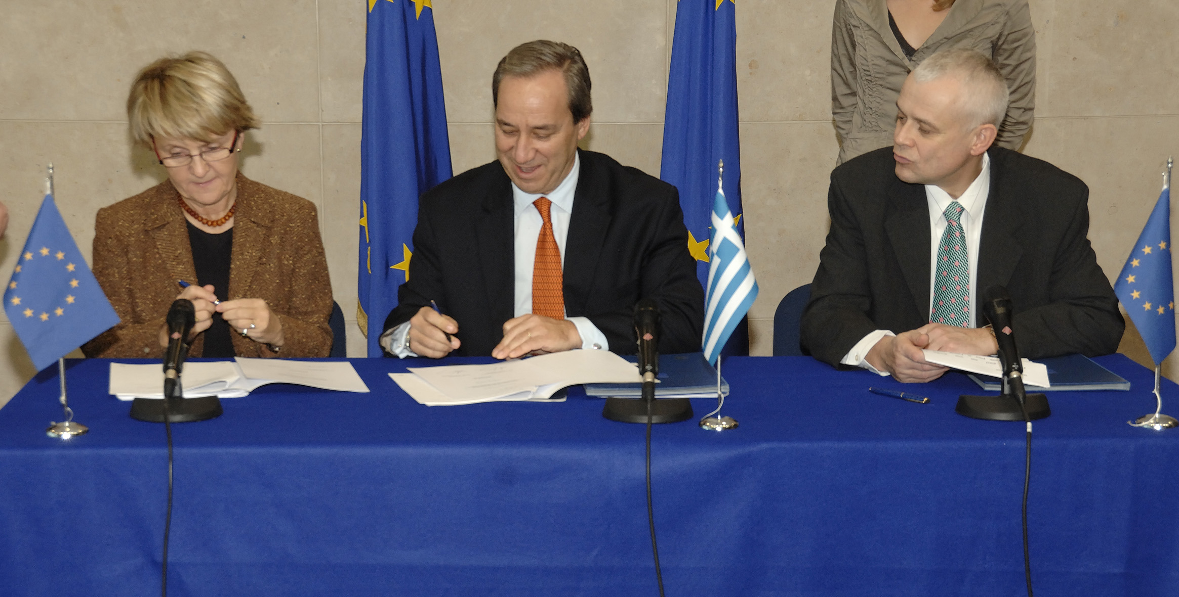 Signature of the Operational Programmes of the European Social Funds for Greece