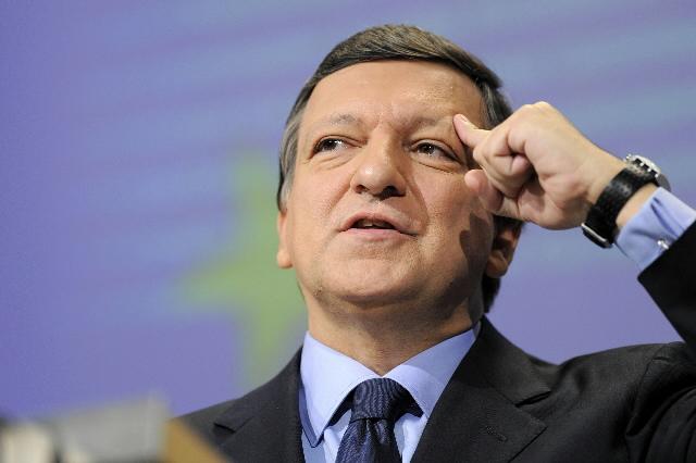 Conférence de presse de José Manuel Barroso, président de la CE, avant le Conseil européen de Bruxelles du 15-16/10/2008