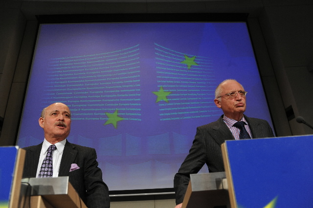 Joint press conference by Günter Verheugen, Member of the EC, and Jeremy Rifkin, President of the Foundation on Economic Trends, on the Third Industrial Revolution in the EU