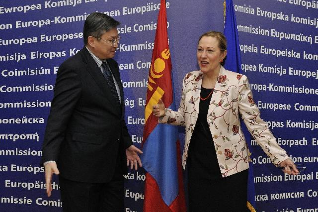 Visite de Sanjaagiin Bayar, Premier ministre mongol, à la CE