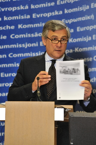 Press conference by Antonio Tajani, Vice-President of the EC, on the lost luggage inquiry