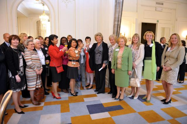 Participation of Viviane Reding, Vice-President of the EC, at the meeting of 'European Network of women in decision-making in politics and the economy'