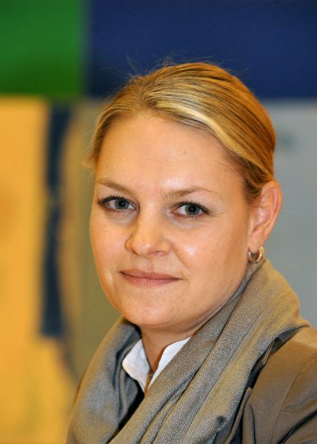 Portraits de Nicole Bockstaller, porte-parole de Günther Oettinger, membre de la CE chargé de l'Energie