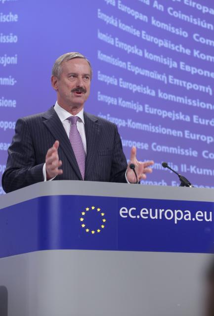 Conférence de presse de Siim Kallas, vice-président de la CE, suite à la réunion extraordinaire du Comité de réglementation pour la sécurité de l'aviation civile