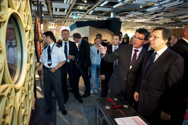 Visit of José Manuel Barroso, President of the EC, to the Copernicus Science Centre