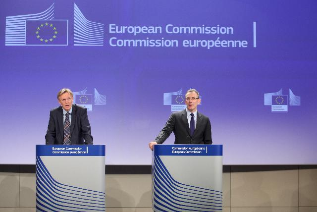 Joint press conference by Andris Piebalgs and Janez Potočnik, Members of the EC, on the communication entitled