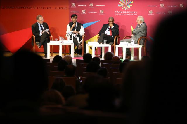 Participation of Andris Piebalgs, Kristalina Georgieva and Michel Barnier, Members of the EC, at the 6th Convergences 2015 World Forum