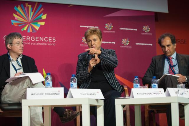 Participation of Andris Piebalgs, Kristalina Georgieva and Michel Barnier, Members of the EC, at the 6th Convergences 2015 World Forum