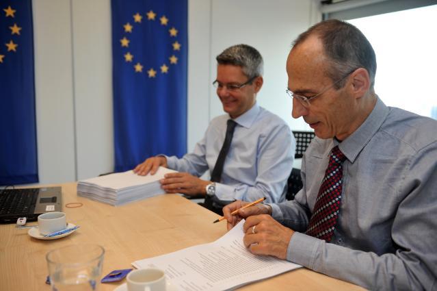 Paraphe de l'accord de libre-échange UE/Singapour par les négociateurs principaux
