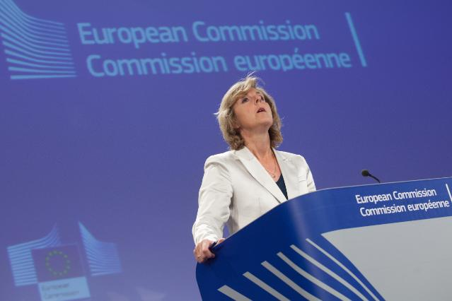 Press conference by Connie Hedegaard, Member of the EC, on the EC proposal to amend the EU emissions trading system