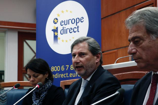Commissioner Hahn in Greece: tackling waste and protecting environment is key for prosperity