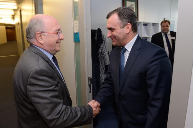 Visit of Włodzimierz Karpiński, Polish Minister for Treasury, to the EC