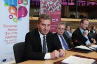 Participation of Günther Oettinger, Member of the EC, to the 1st Joint High-Level Roundtable between DG ENER and the College of Europe on EU Energy Policy