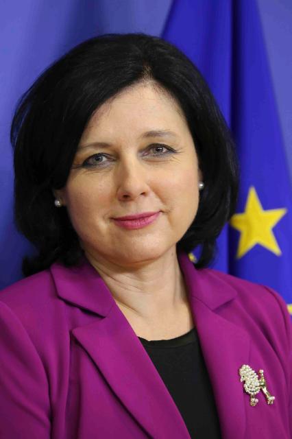 Vĕra Jourová, membre de la CE