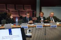 """Illustration of """"Visite des membres du groupe d'experts à haut niveau sur la Politique de la Recherche, de l'Innovation et..."""
