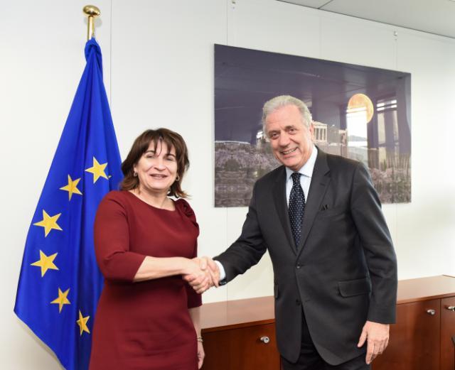 Visite de Lilianne Ploumen, ministre néerlandaise du Commerce extérieur et de l'Aide au développement, à la CE
