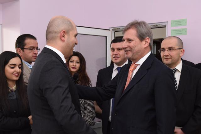 Visite de Johannes Hahn, membre de la CE, en Arménie