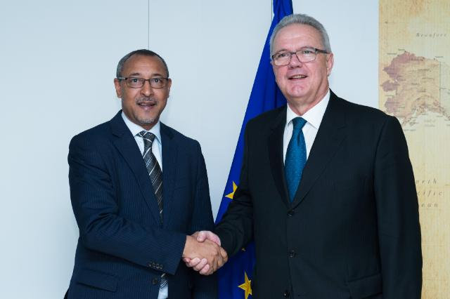 Visit of Jorge Homero Tolentino Araújo, Cape Verdean Minister for External Relations, to the EC