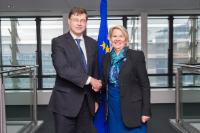 Visit of Nicky Wagner, New Zealander Minister for Customs, to the EC
