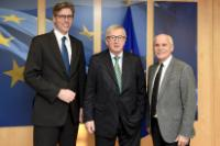 Visit of Jürgen Linden, Chairman of the Board of Directors of the Charlemagne Prize, and Marcel Philipp, Mayor of Aachen, to the EC
