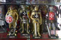 Figurines of the Knights of Malta in a souvenir shop