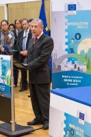 Cérémonie de signature «Traitement durable des eaux usées combinant la technologie de la membrane anaérobie (AnMbT) et la réutilisation de l'eau» en présence de Karmenu Vella et Carlos Moedas, membres de la CE