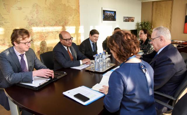 Visite de Suma Chakrabarti, président de la Banque européenne pour la reconstruction et le développement (BERD), à la cE
