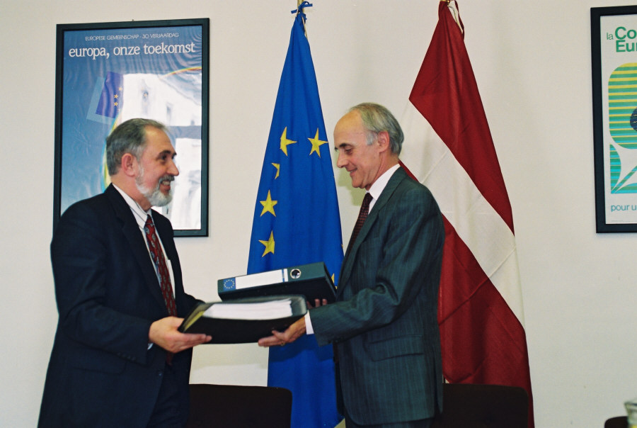 Initialling of a free trade agreement with Latvia