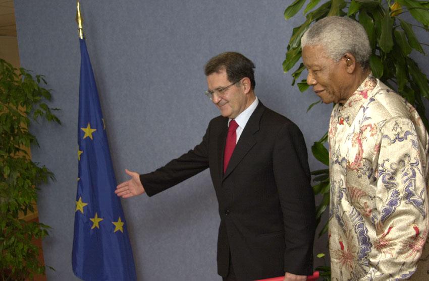 Visit of Nelson Mandela, Burundi peace process mediator, to the EC