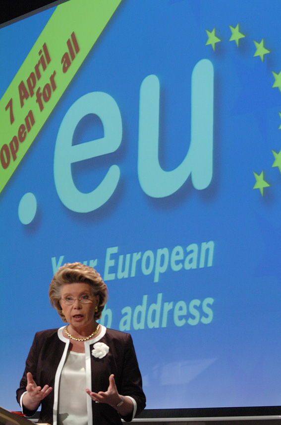 Press conference by Viviane Reding, Member of the EC in charge of Information Society and Media, on .eu opens for all citizens