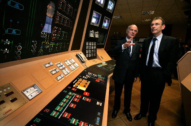 Visit by Andris Piebalgs to the Chooz nuclear power station