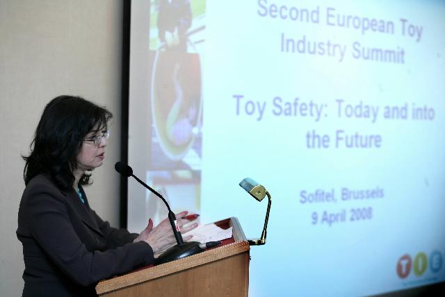Discours de Meglena Kuneva, membre de la CE, au 2e Sommet européen de l'industrie du jouet