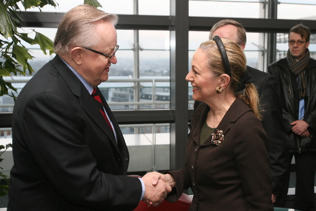 Visit of Martti Ahtisaari, Nobel Peace Prize 2008, to the EC