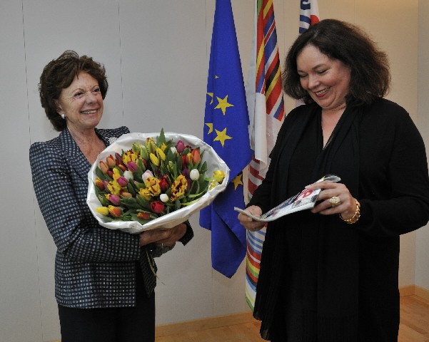 Visit of a group of journalists from the Dutch women's magazine Libelle to the EC