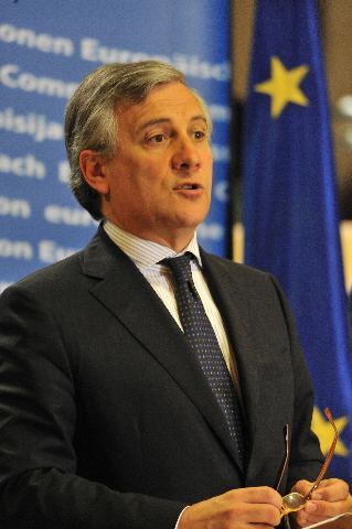 Press conference of Antonio Tajani, Vice-President of the EC, on passenger rights