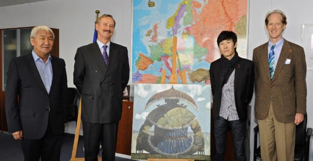 Donation of two paintings from Russian artist Zorikto Dorzhiev to Siim Kallas, Vice-President of the EC, and José Manuel Barroso, President of the EC