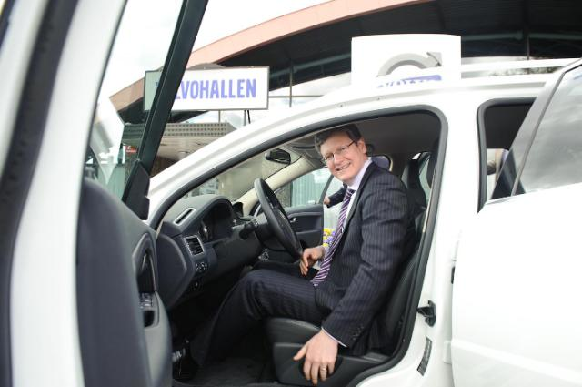 László Andor, Member of the EC, visiting the Volvo Group AB construction site in Göteborg