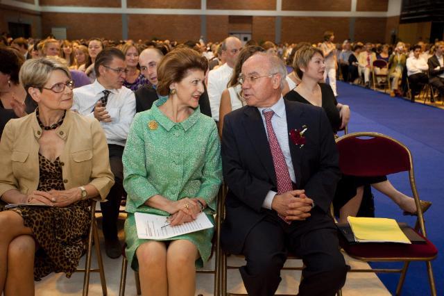 Participation d'Androulla Vassiliou, membre de la CE, à la cérémonie du Baccalauréat européen