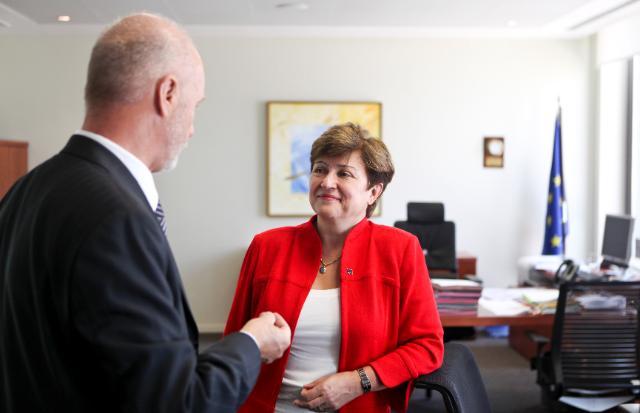Visite de l'Agence européenne pour la sécurité maritime, à Lisbonne, par Kristalina Georgieva, membre de la CE