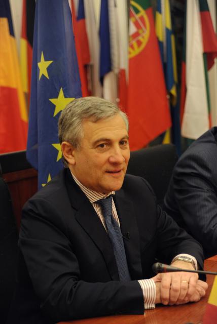 Participation d'Antonio Tajani, vice-président de la CE, au sommet ministériel du groupe sur l'observation de la Terre (GEO), à Pékin